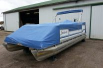 1994 20′ Sweetwater Pontoon with a 25hp Johnson Motor