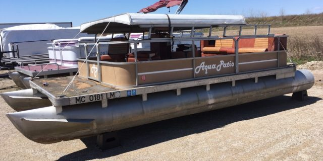 1983 18′ Aqua Patio with a 15 hp. Evinrude