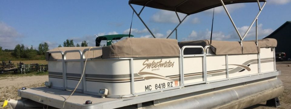2000 20′ Sweetwater Pontoon (Sold- Pending Review)